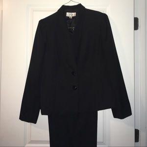 Black Polyester women's work suit